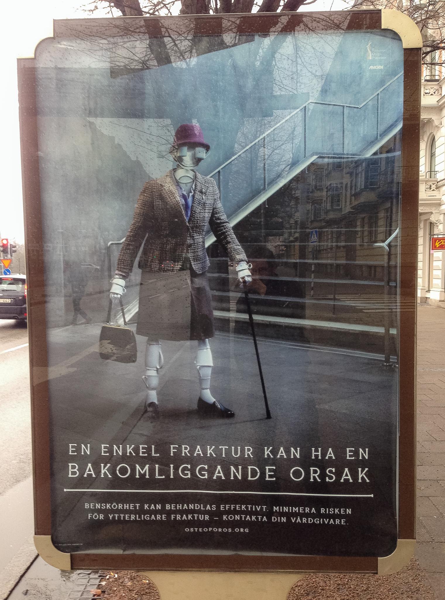 Affisch med titeln 'En enkel fraktur kan ha en bakomliggande orsak'
